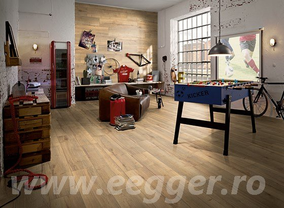 Parchet laminat Egger H1022 STEJAR VALLEY COLOR