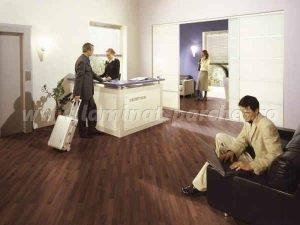 Kronotex Dynamic Clic Nuc Elegant 2983 hotel