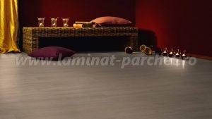 Kronotex Dynamic Clic Stejar Hacienda beige 2957 living