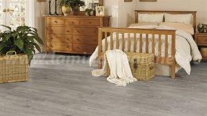 Kronotex Exquisit Stejar Gala grey 4786 dormitor