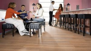 Kronotex Exquisit Stejar Stirling medium 2805 restaurant