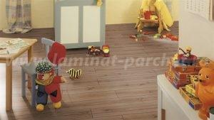 Kronotex Robusto Stejar Saverne 3074 camera copii