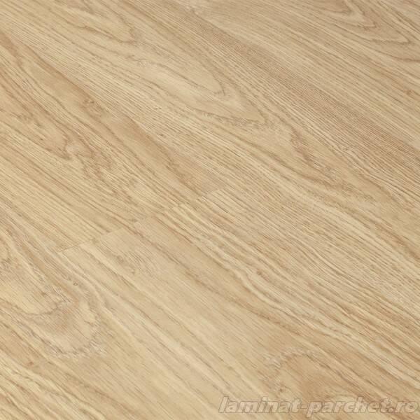 Light Varnished Oak 9748
