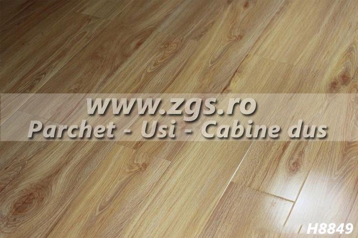 Oferta parchet laminat Stejar 12 mm H8849