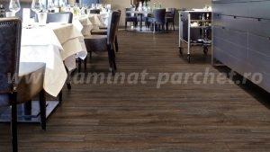 Kronotex Exquisit Stejar Liskamm 4790 restaurant