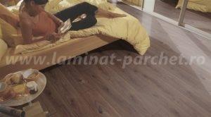 Kronotex Exquisit Stejar Prestige dark 4168 dormitor