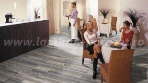 Kronotex Robusto Stejar Harbour grey 3572 restaurant